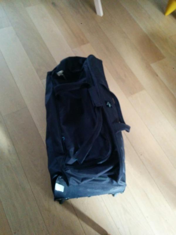 Recyclage, Récupe & Don d'objet : sac de voyage roulant