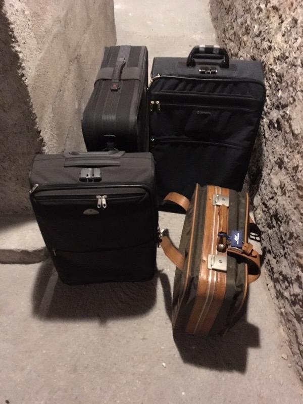 Recyclage, Récupe & Don d'objet : lot de 4 valises