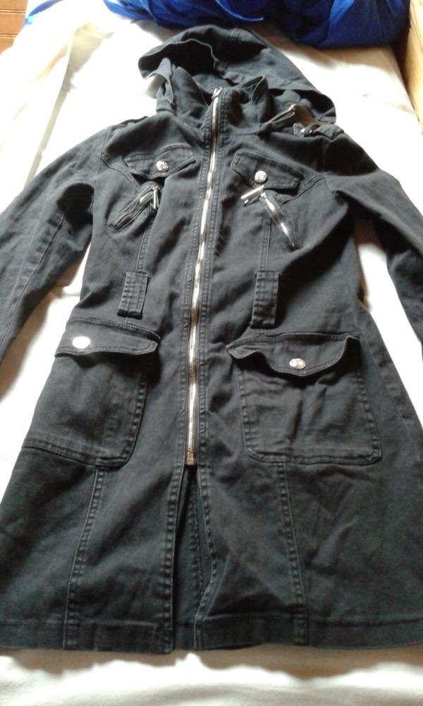 Recyclage, Récupe & Don d'objet : manteau long léger avec capuche