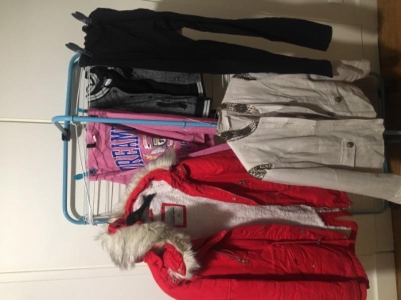 Recyclage, Récupe & Don d'objet : vêtements fille de 8 an