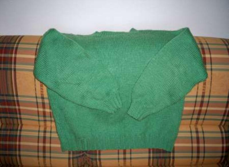 Recyclage, Récupe & Don d'objet : pull-over en grosse laine, vert anis, enco...