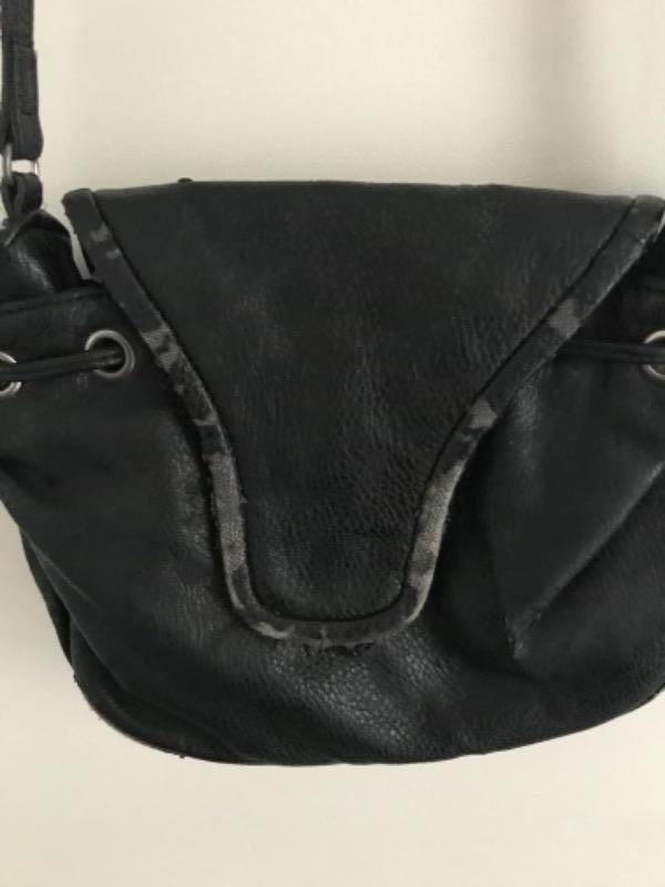 Recyclage, Récupe & Don d'objet : sac imitation cuir bordeaux