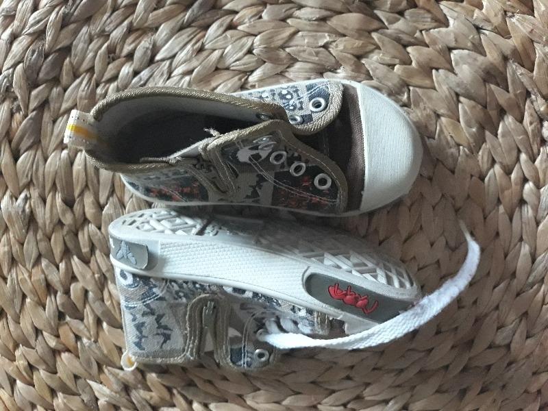 Recyclage, Récupe & Don d'objet : chaussure enfant