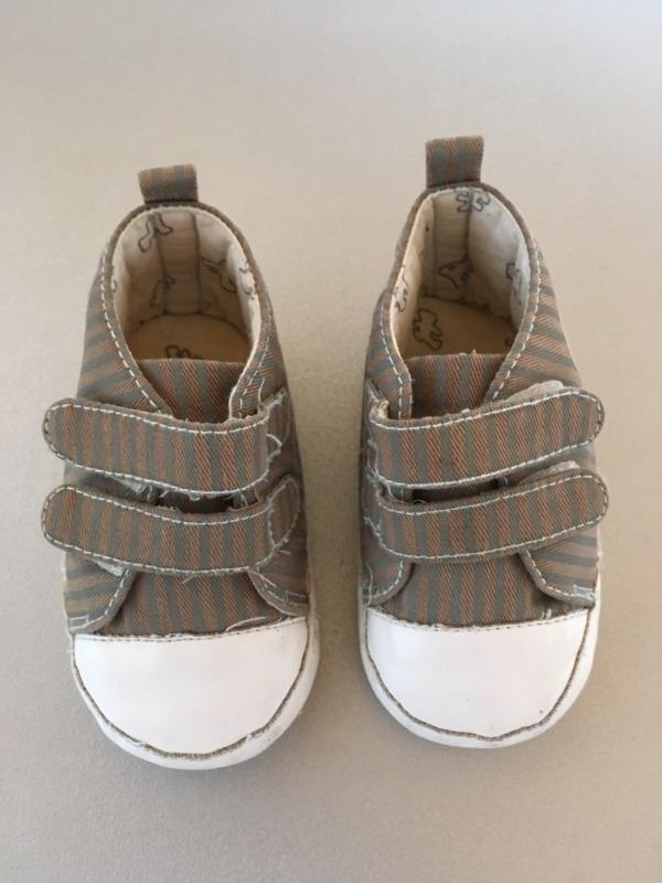 Recyclage, Récupe & Don d'objet : chaussure bébé 3-6 mois