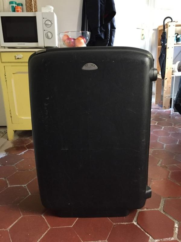 Recyclage, Récupe & Don d'objet : grande valise