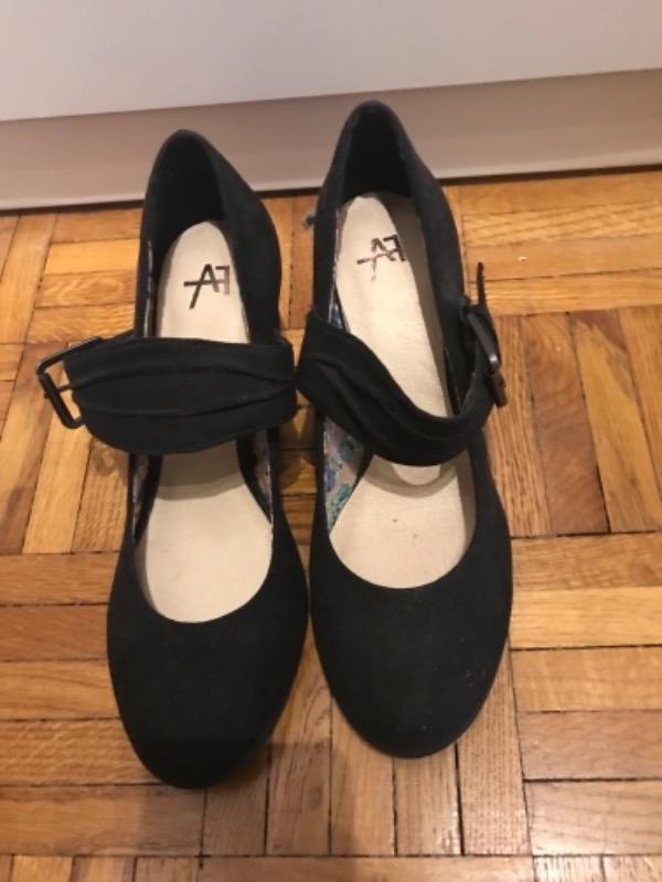 Recyclage, Récupe & Don d'objet : chaussures femme noires neuves