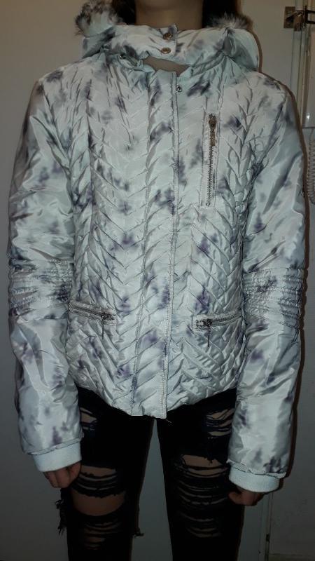 Recyclage, Récupe & Don d'objet : doudoune hivers t38 blanc-gris à capuche f...