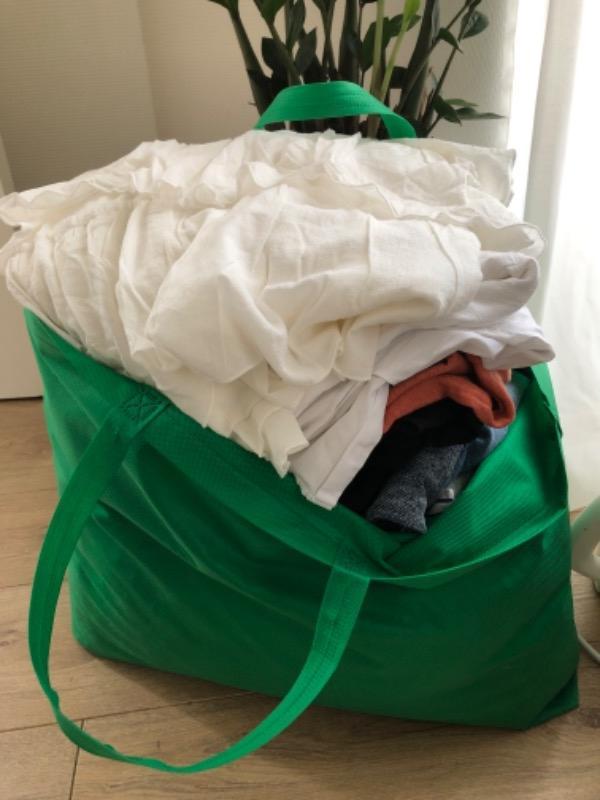Recyclage, Récupe & Don d'objet : sac d'habits à donner femme 38-40