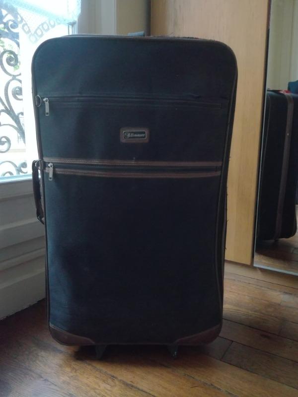 Recyclage, Récupe & Don d'objet : valise 80 cm de hauteur