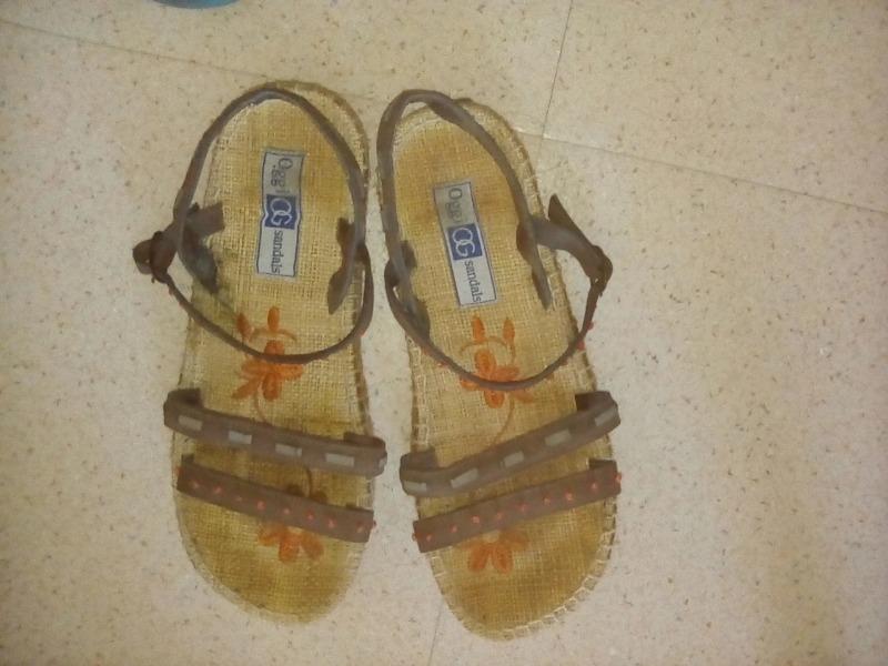 Recyclage, Récupe & Don d'objet : sandalette pointure 38
