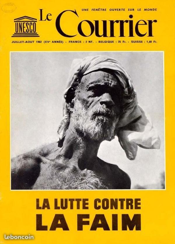 Recyclage, Récupe & Don d'objet : plusieurs classeur des revues des années 5...