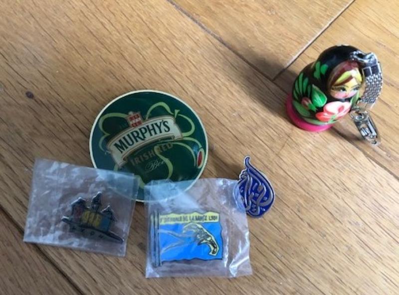 Recyclage, Récupe & Don d'objet : pins - porte-clés