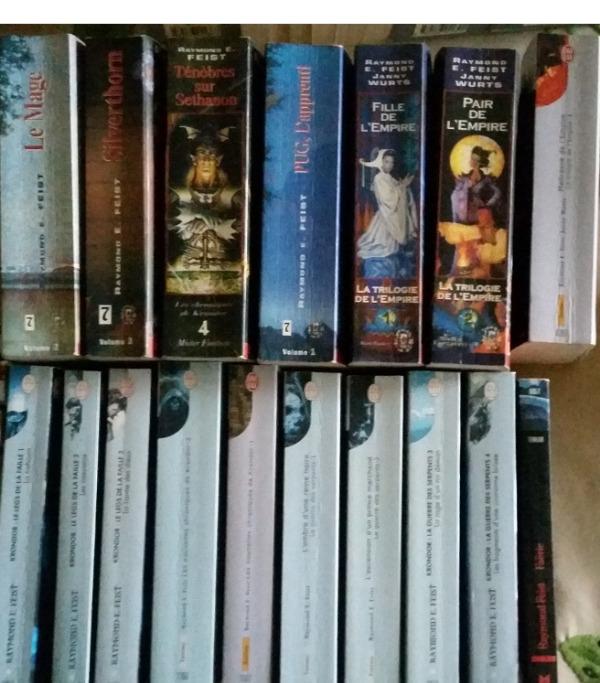 Recyclage, Récupe & Don d'objet : 17 livres raymond feist