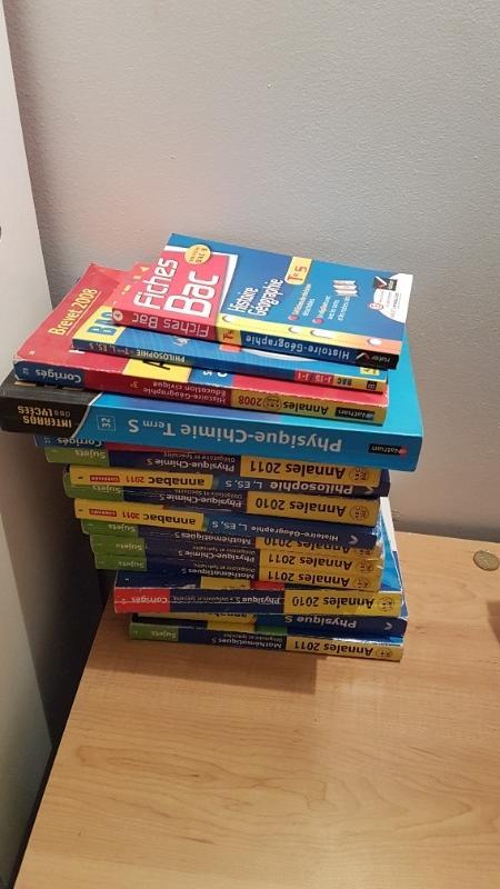 Recyclage, Récupe & Don d'objet : livres annales examens