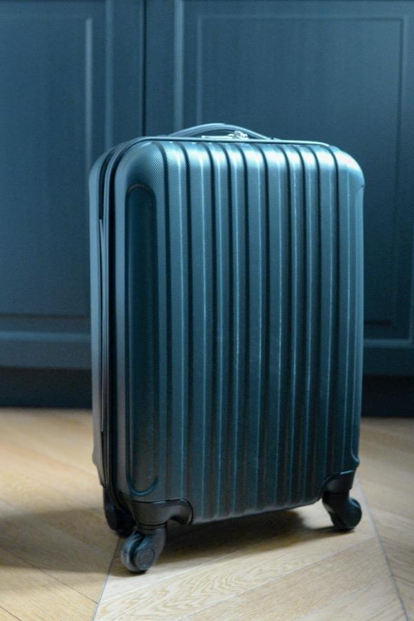 Recyclage, Récupe & Don d'objet : valise cabine vert foncé