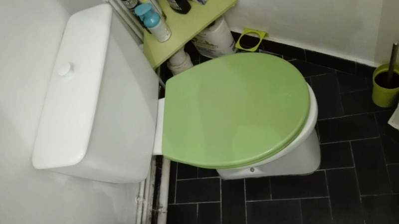 Recyclage, Récupe & Don d'objet : WC aspirambo + abattant + système de chasse neuf