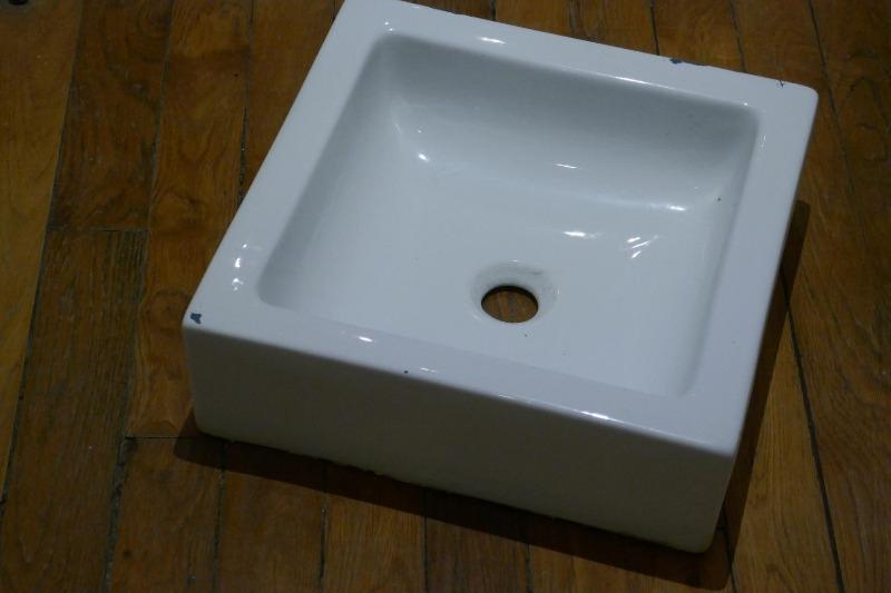 Recyclage, Récupe & Don d'objet : Bac céramique carré blanc