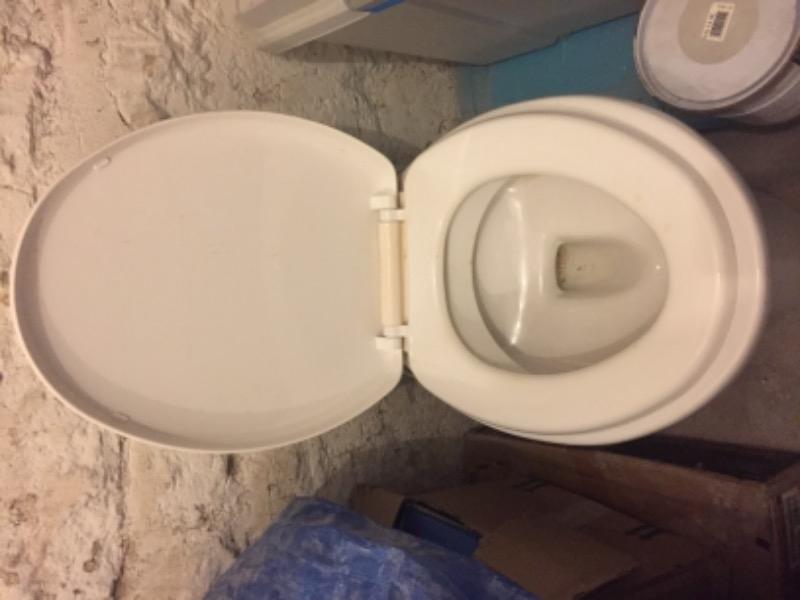 Recyclage, Récupe & Don d'objet : Toilette sani broyeur