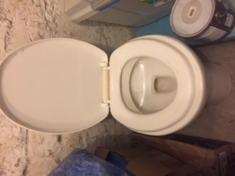 Recyclage, Récupe & Don d'objet : Toilette sani-broyeur