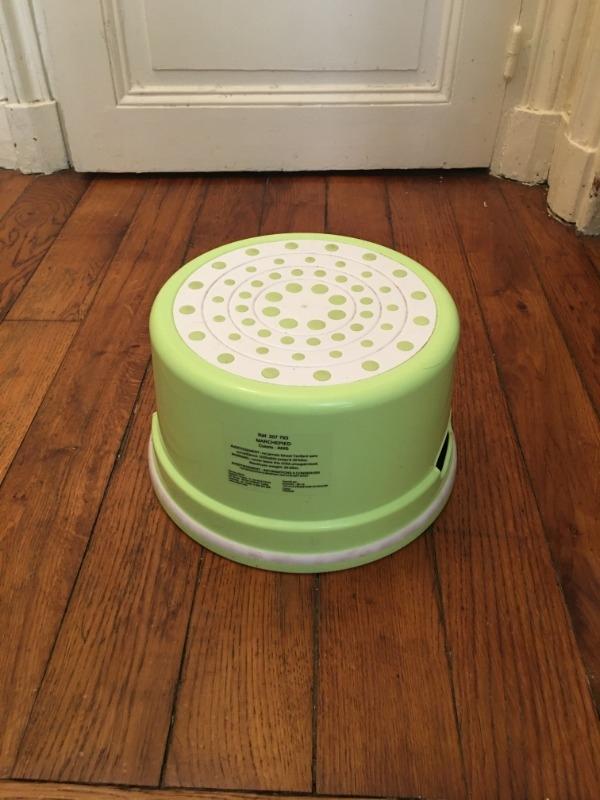 Recyclage, Récupe & Don d'objet : Petite baignoire pour nouveau né, petit pot pour...