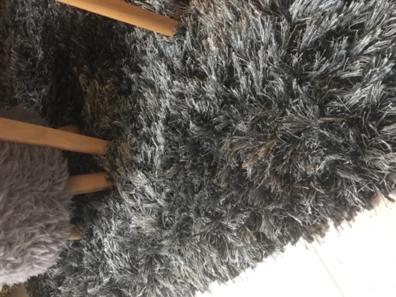 Recyclage, Récupe & Don d'objet : Tapis shaggy gris
