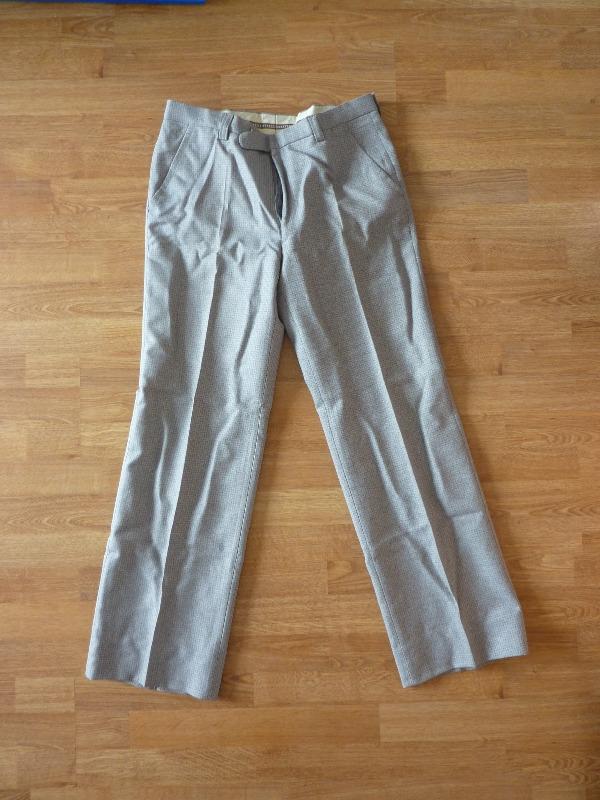 Recyclage, Récupe & Don d'objet : pantalon homme gris