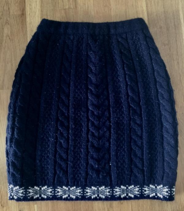 Recyclage, Récupe & Don d'objet : jupe en laine bleu marine taille s